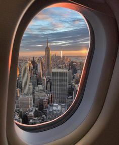 New York City Cheap Travel City Aesthetic, Travel Aesthetic, Adventure Aesthetic, Aesthetic Vintage, Aesthetic Pictures, Night Aesthetic, Blue Aesthetic, Aesthetic Anime, Places To Travel