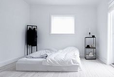 White and minimalistic bedrooms