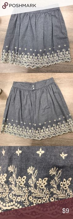 Forever 21 Embroidered Mini Skirt Fully lined light blue mini skirt with white floral embroidery along the bottom. Sits higher on the waist with a zipper and buttons. Also has pockets!! 100% cotton. PRICE NEGOTIABLE MAKE ME AN OFFER 😊 Forever 21 Skirts Mini