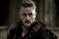 travis fimmel | vipvictor travis fimmel graphics from the 3rd episode of vikings ...