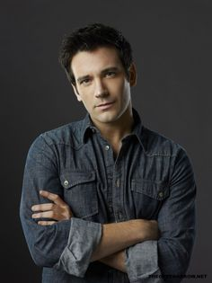 PROMOTIONAL PHOTO || COLIN DONNELL
