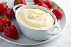 The next time you go to a party, you will want to bring this cream cheese fruit dip along with you. Imagine everyone's surprise when you put this Orange Creamsicle Fruit Dip Recipe down on the food table. Fruit dip with cream cheese is always tasty. Dip Recipes, Fruit Recipes, Appetizer Recipes, Cooking Recipes, Appetizers, Cooking Tips, Orange Recipes, Dessert Crepes, Dessert Dips