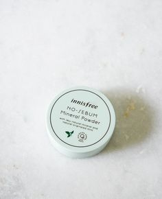 Super-fine powder formula infused with minerals, mint and Jeju organic green tea, the Innisfree No Sebum Mineral Powder absorbs and controls excessive sebum production especially around the T-zone are