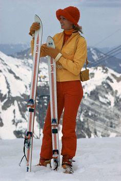 Circa 1970s– Sex symbol Brigitte Bardot on holiday skiing.