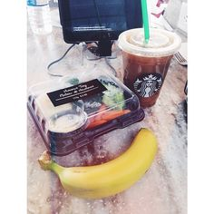 airport food from before ✈️ hummus and veggies, Starbucks ice coffee ☕️, and a banana  #Padgram