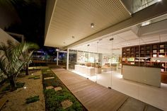 Natura Showroom, Santo André, 2010 - FGMF ARCHITECTS