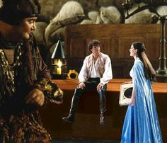 Hugh Dancy and Anne Hathaway in Ella Enchanted - 2004