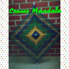 Mandala olho de Deus de aproximadamente 1 metro de Diâmetro. Decore sua casa com uma mandala olho de Deus. #cromomandala #lannymandaleira