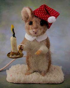 needle felted mouse with candle http://needlefeltedart.blogspot.com/