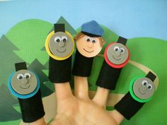 magnetic finger puppets, good idea... want to make a full felt version of thomas the tank puppets tho