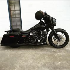 521 vind-ik-leuks, 10 reacties - Street Style Baggers (@streetstylebaggers) op Instagram: 'Follower feature. @liljordan_1 bad ass street glide! Hells yes man! Looks great!…'