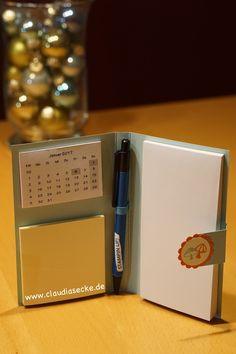 Ich wünsche euch allen einen schönen zweiten Advent.   Passend dafür habe ich heute die Anleitung für meinen Organizer, den ich euch am Mitt...