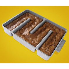 All edges brownie pan :)   $34.95 from Amazon.
