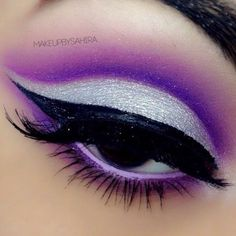 http://makeupbag.tumblr.com/post/136241859015