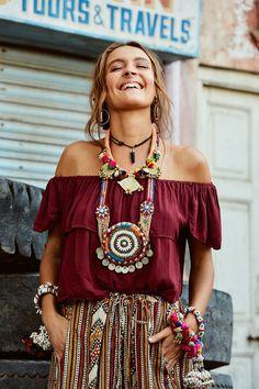 Fab boho outfit, bohemian fashion accessories, hippie style fashion, hippy jewelry ideas and inspiration, boho chic tribal women
