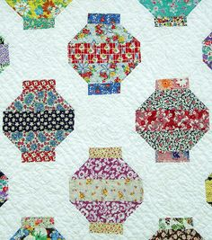 Japanese Lantern Quilt/ I like that they switched up the fabric