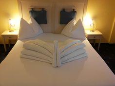 Origami auf Bett