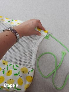 Couture Sewing, Sewing Projects For Beginners, Diy And Crafts, Textiles, Tote Bag, Crafty, Crochet, Creative, Fabric