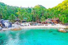 Places To Rent, Great Places, Best Beaches To Visit, Secluded Beach, Pub Crawl, Beach Bars, Koh Tao, Travel Alone, Paddle Boarding