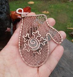 Handmade wire and sea glass mitten ornament by SeaglassPetraDesigns on Etsy