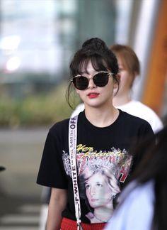 Park Sooyoung, Mnet Asian Music Awards, Kang Seulgi, Red Velvet Seulgi, Kim Yerim, Famous Girls, Cute Bears, In This World, Girl Group