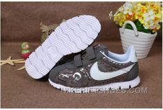 half off 71b0a 08801 Nike Wmns Classic Cortez Nylon Noir Baskets Chez Kids Super Deals WaaWr,  Price   88.00 - Nike Rift Shoes
