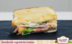 """Sandwich vegetal con mayonesa y salsa de pimientos -  Las cenas del fin de semana acostumbran a ser mas informales en casa; especialmente cuando se reciben amigos. Preparar unos sandwich jugosos de antemano, que nos permitan disfrutar de la """"fiesta"""" , siempre es una buena opción. Hoy preparamos unos vegetales con mayonesa y salsa de p... - http://www.lasrecetascocina.com/sandwich-vegetal-con-mayonesa-y-salsa-de-pimientos/"""