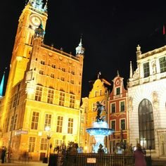#gdansk #night #Neptune