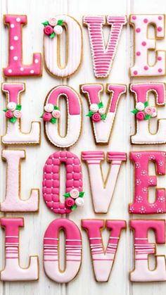 Cookie Love Recipe ~ Vanilla Cookie & Royal Icing Recipes... So pretty!
