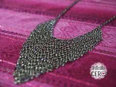 collar elaborado en solo cadenitas