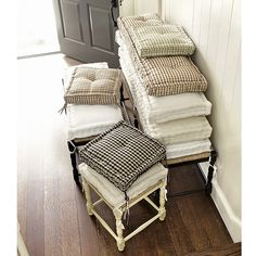 New Ideas For Farmhouse Bench Seat Cushions Farmhouse Seat Cushions, Farmhouse Stools, Window Seat Cushions, Dining Room Chair Cushions, Bench Cushions, Farmhouse Style Kitchen, Floor Cushions, Dining Chairs, Window Seats