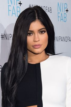 The chosen one: | Kylie Jenner Is Down To Get Hit In The Face With A Hot Dog