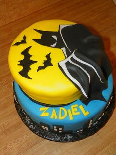 Batman Cake by dankdun5, via Flickr