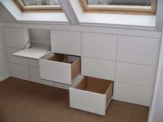 Under window storage. This would be great for attic spaces. Eaves Storage, Loft Storage, Storage Ideas, Smart Storage, Loft Room, Bedroom Loft, Eaves Bedroom, Attic Bedrooms, Attic Spaces