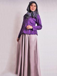 Ingin Tampil Elegan?? Berikut ini 5 Busana Muslim Elegan - Untuk busana muslim elegan biasanya terbuat dari bahan yang relatif lebih mahal dan dengan model y...