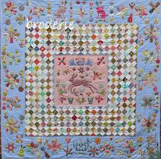 Margaret Sampson George quilt pattern available from Broderie on Etsy Scrappy Quilts, Mini Quilts, Patchwork Quilting, Hand Quilting, Quilting Projects, Quilting Designs, Quilt Design, Quilting Tips, Quilting Tutorials