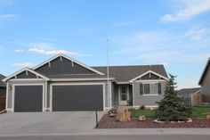 5707 GLOCK Gillette, WY $269,900 This home offers LOTS of must see features from 4 bedrooms and 3 bathrooms to a large 3 car garage with gas for heater. Not to mention the HUGE back yard with plumbed in gas line to fuel your grill or fireplace and hot tub that will stay with the house. Call or text Sherry Thomas at 307-696-9924 for more information and your private showing of this beautiful home. Thomas Real Estate Team Energy Capital Real Estate