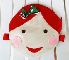 Doll Face Circle Pouch tutorial with Free Pattern Christmas Presents, Christmas Stockings, Little Ones, Little Girls, Pouch Tutorial, Doll Crafts, Cute Dolls, Doll Face, Free Pattern