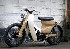 Street Choppy by The Katros Garage Honda Cub, C90 Honda, Motos Honda, Moped Bike, Scooter Motorcycle, Motorcycle Style, Classic Motorcycle, Honda Cycles, Honda Bikes