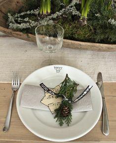 Una decoracion de mesa muy natural. Un toque otoñal y vintage para nuestros comensales | Decorar tu casa es facilisimo.com