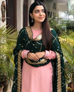 Jaam salwar suit with heavy duppata work Patiala Suit Designs, Latest Salwar Suit Designs, Patiala Salwar Suits, Salwar Suits Party Wear, Kurti Designs Party Wear, Sabyasachi Suits, Dress Designs, Embroidery Suits Punjabi, Embroidery Suits Design