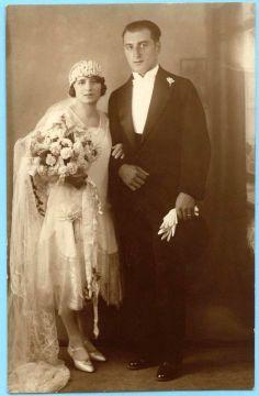 Unidentified couple 1920s