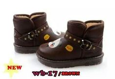 READY STOCK KIDS WINTER BOOTS KODE : WB-17 DARK BROWN PANDA Size 22-27 PRICE : Rp.145.000,- AVAILABLE SIZE (insole) : - Size 22(12,5cm) - Size 23(13cm) - Size 24(13,5cm) - Size 25(14cm) - Size 26(14,5cm) - Size 27(15cm)  FOR ORDER : SMS/Whatsapp 087777111986 PIN BB 766a6420 Facebook : Mayorishop  NB : JNE masih melayani kiriman s/d Tgl.26 Juli (sabtu), disarankan memilih layanan YES(Yakin Esok Sampai) :) Mayorishop terus melayani order+transfer, pengiriman barang kembali normal mulai Tgl.4…