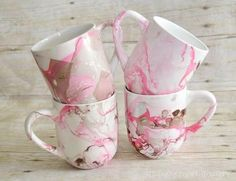 Diy Christmas Mugs Kids Handmade Gifts Trendy Ideas Diy Arts And Crafts, Diy Crafts To Sell, Kid Crafts, Diy Christmas Mugs, Christmas Presents, Diy Becher, Diy Gifts, Handmade Gifts, Craft Gifts