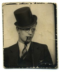 Top Hat & Pipe | is it just me or does this look a bit like Barney Fife?  lol!