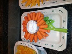 Party food, cute display of veggie tray.