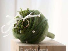 Ringkissen - Ringkissen Kugel mit Griff - ein Designerstück von Meissner-Floristik bei DaWanda