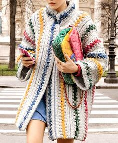 I think I might have already pinned this but its quite a fabulous crocheted coat!