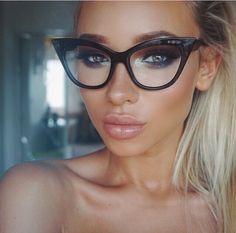 614c0807906a4 via liza lash instagram Glasses Frames