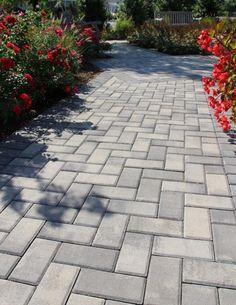Herringbone patterned walkway using Nicolock